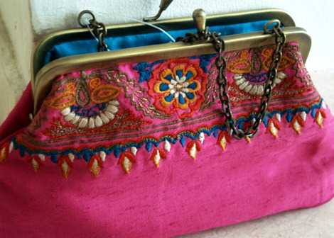 Fab India, cool finds, Silk clutches, embroidered clutches, FabIndia, Gurgaon, Delhi Fashion, shopping in gurgaon