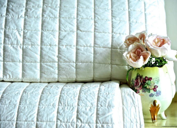 Ivory bed linen, India, Luxury bed linen India, Shabby Chic Style linen India
